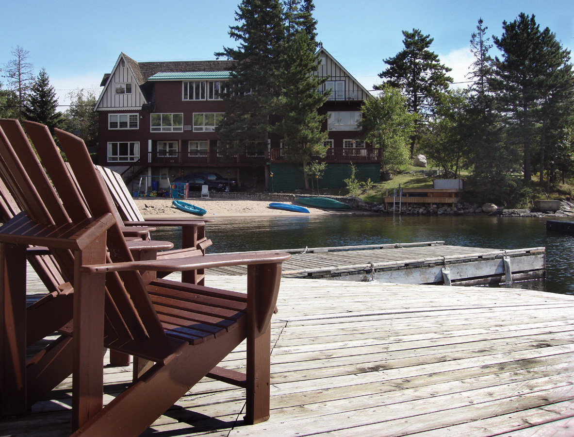 Rod and reel resort family fishing resort on lake of the for Lake of the woods fishing lodges